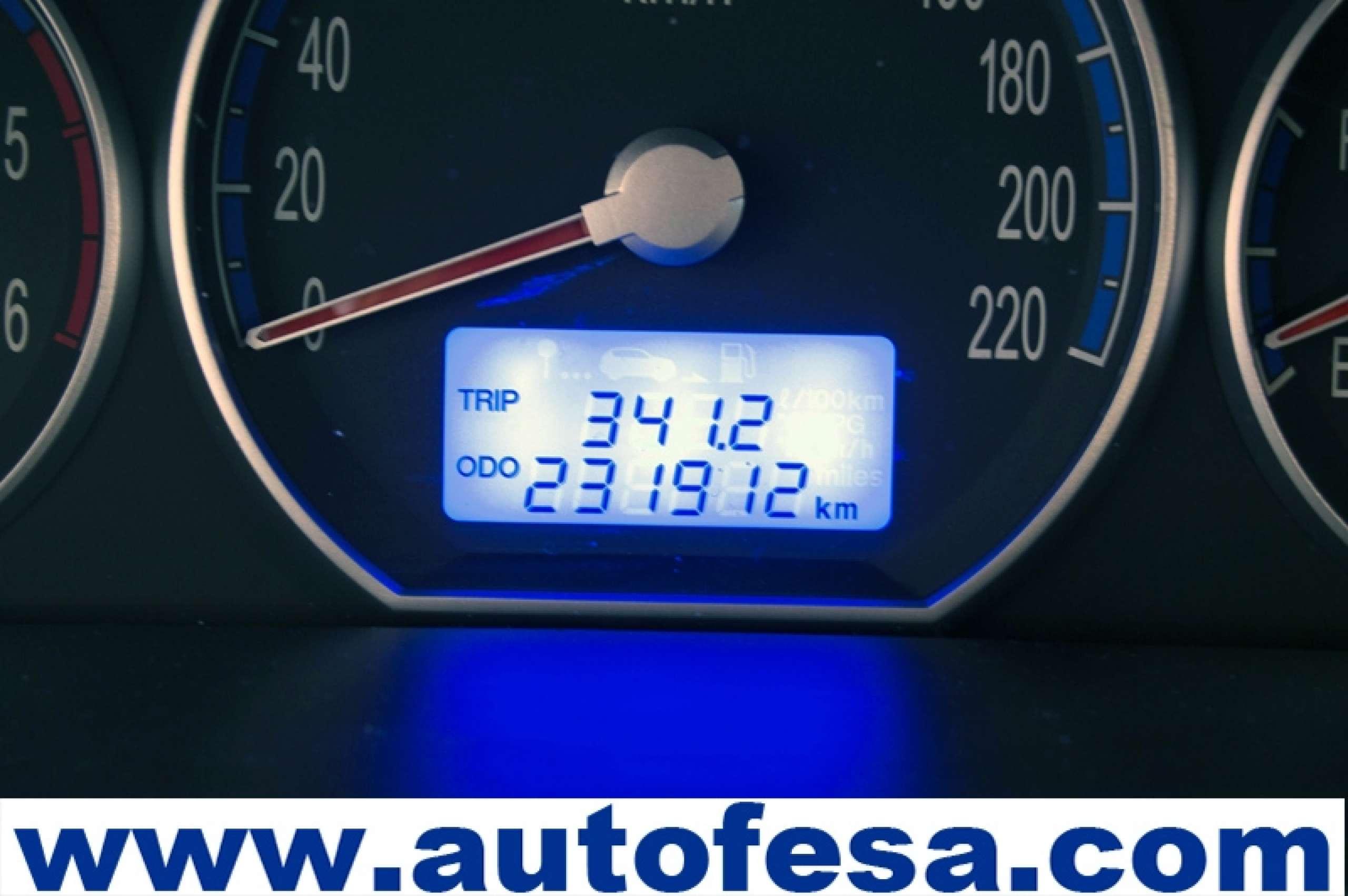 Hyundai Santa Fe 2.2 CRDI 155cv Style Auto 5p - Foto 27